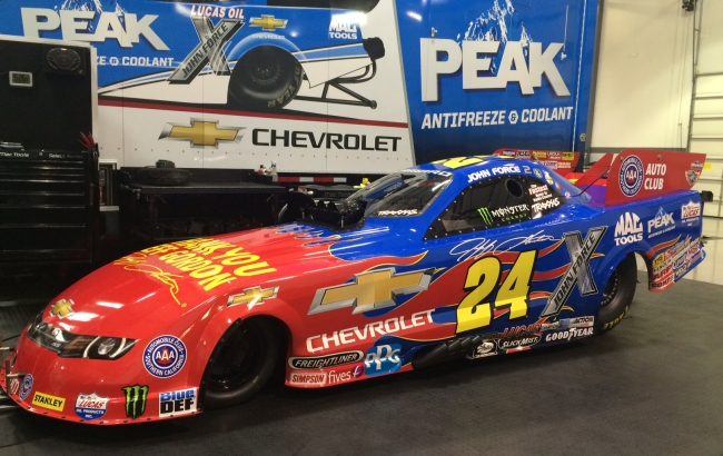 FORCE TO SAY THANK YOU TO JEFF GORDON WITH SPECIAL CHEVY CAMARO IN CHARLOTTE
